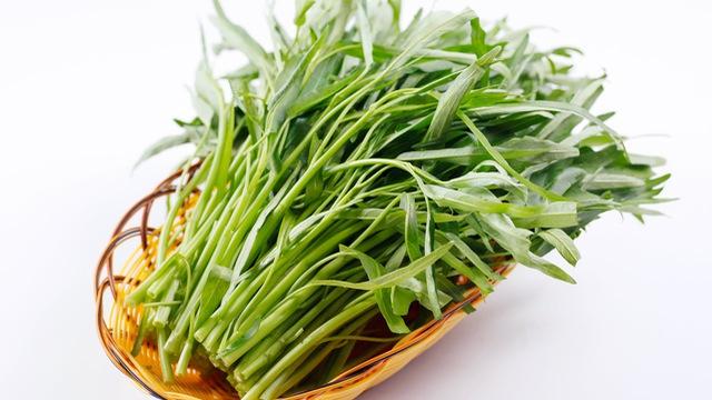Tuyệt đối không được ăn rau muống khi bị vết thương hở