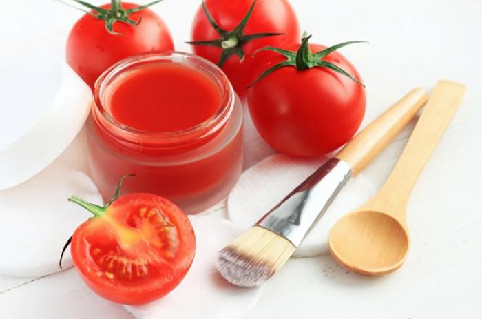 cách trị vết thâm mụn ở mặt bằng cà chua trong 12 cách trị thâm mụn ở mặt tại nhà hiệu quả bằng phương pháp thiên nhiên