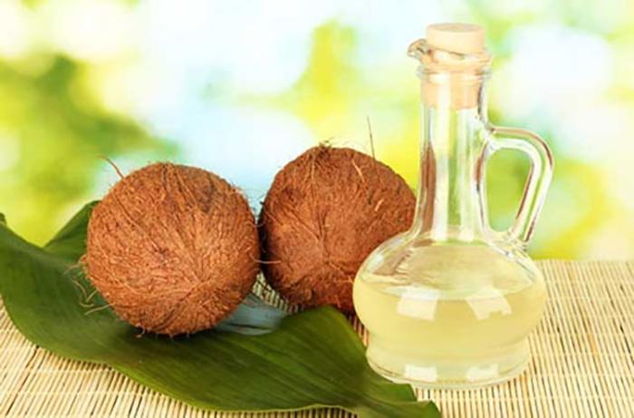 hết sẹo lồi bằng dầu dừa trong các cách trị sẹo lồi lâu năm hiệu quả bằng phương pháp đơn giản